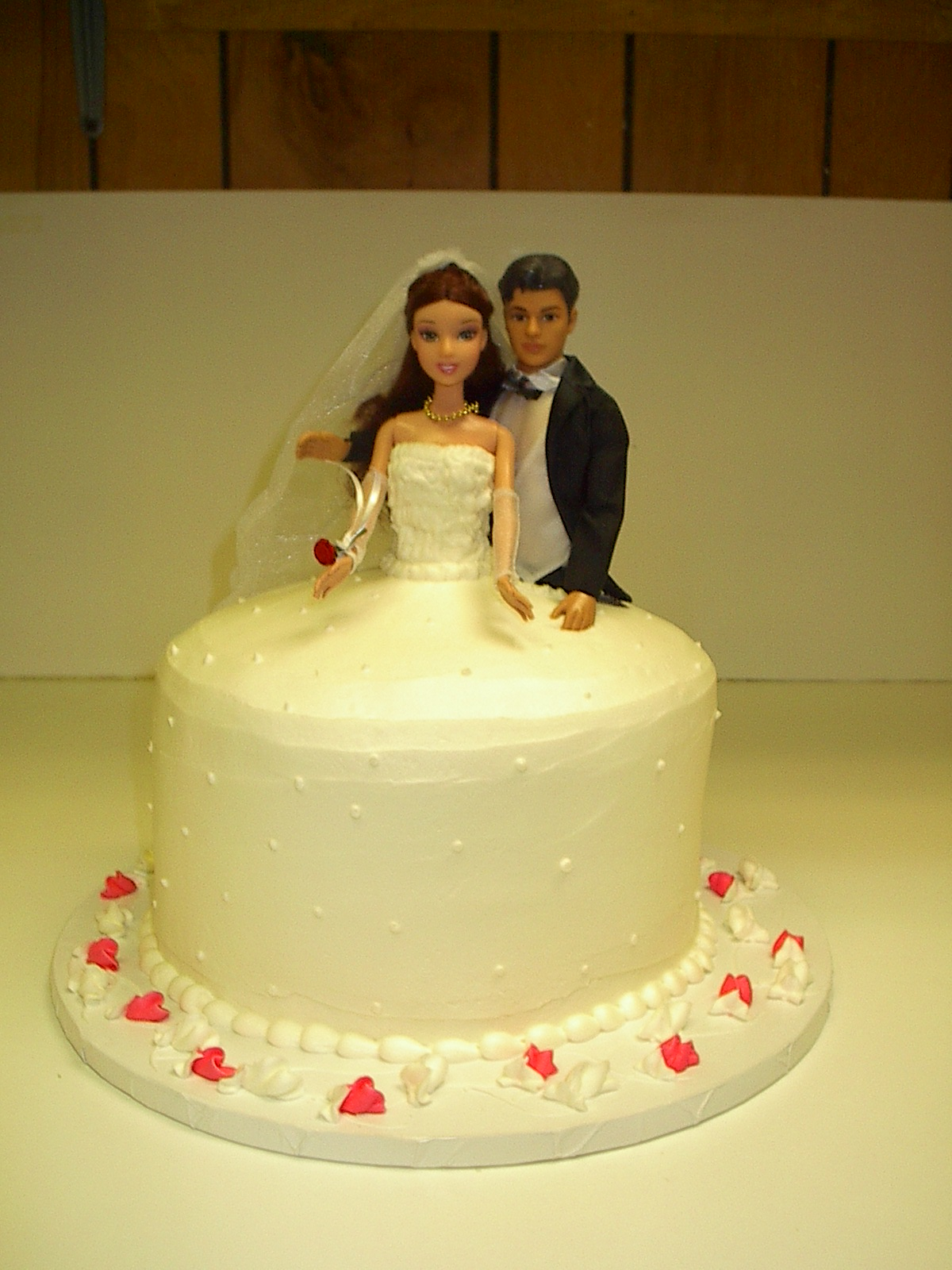 Download Barbie Cake Images : Barbie and Ken Wedding Cake 10x Pro